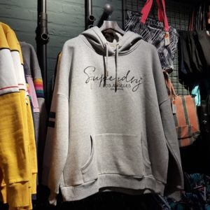 Sweatshirt von Superdry – die Top 10 Mode-Basics aus den MÜNSTER ARKADEN